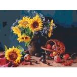 Auringonkukkia pöydällä